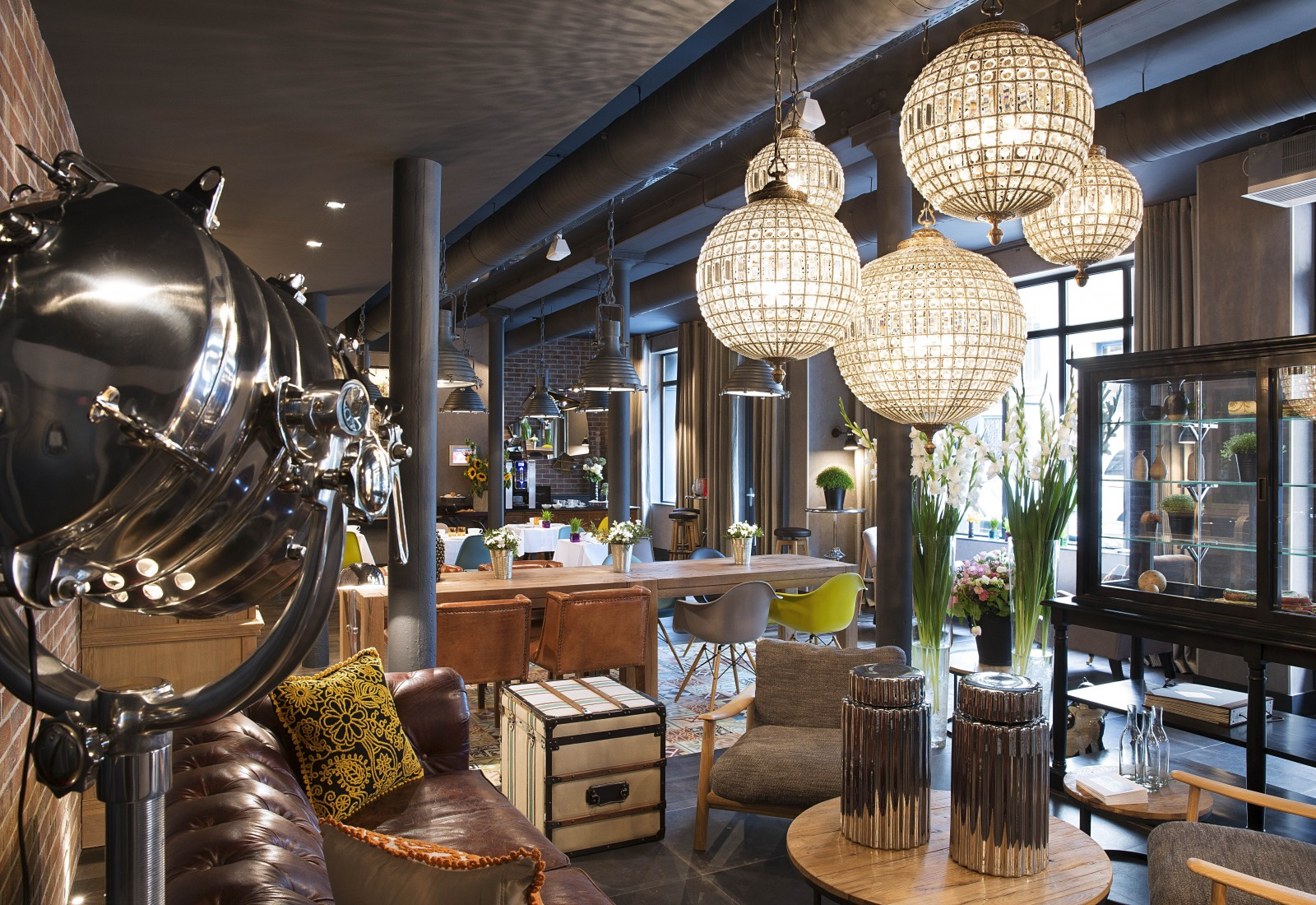 11th bastille oberkampf for Hotel contemporain paris