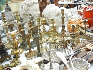 Paris Flea Markets and Shopping Tips