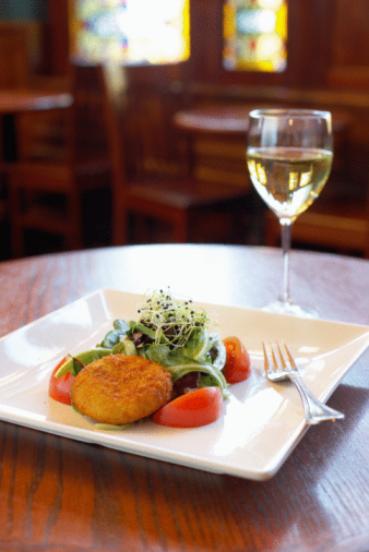In Defense of Paris Food Bloggers