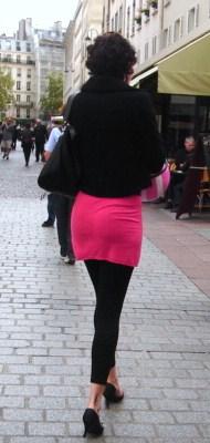 Paris Street Fashions: Black Is the New Black