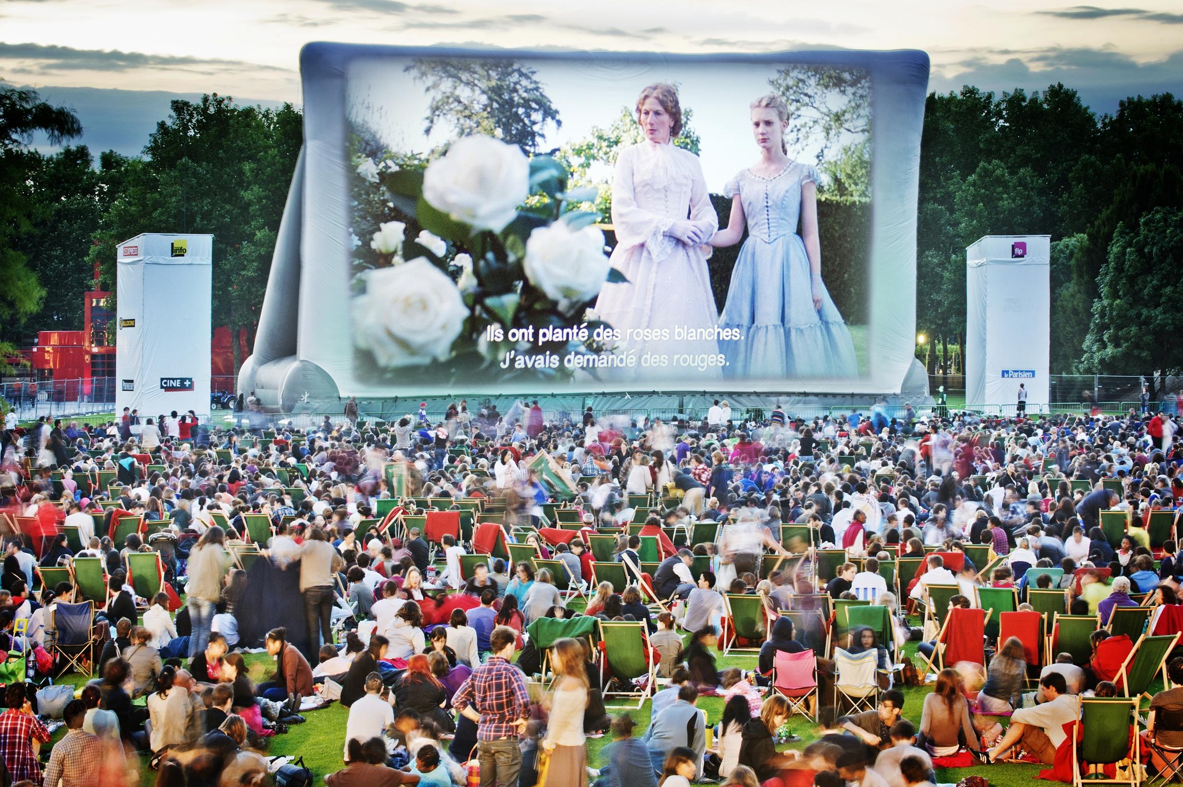 10 Magical Movie Theaters in Paris