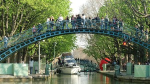 Lazy Afternoons at Canal Saint-Martin