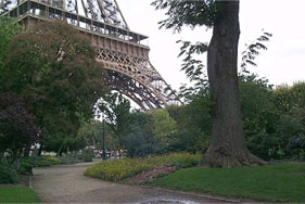 In Love and in Paris –  Special Places To Share