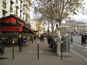 Food at last in Montparnasse