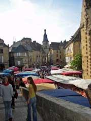 Market ho! Saturday morning in Sarlat