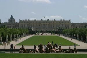 Paris Day Trips: Giverny, Versailles, Paris Disney