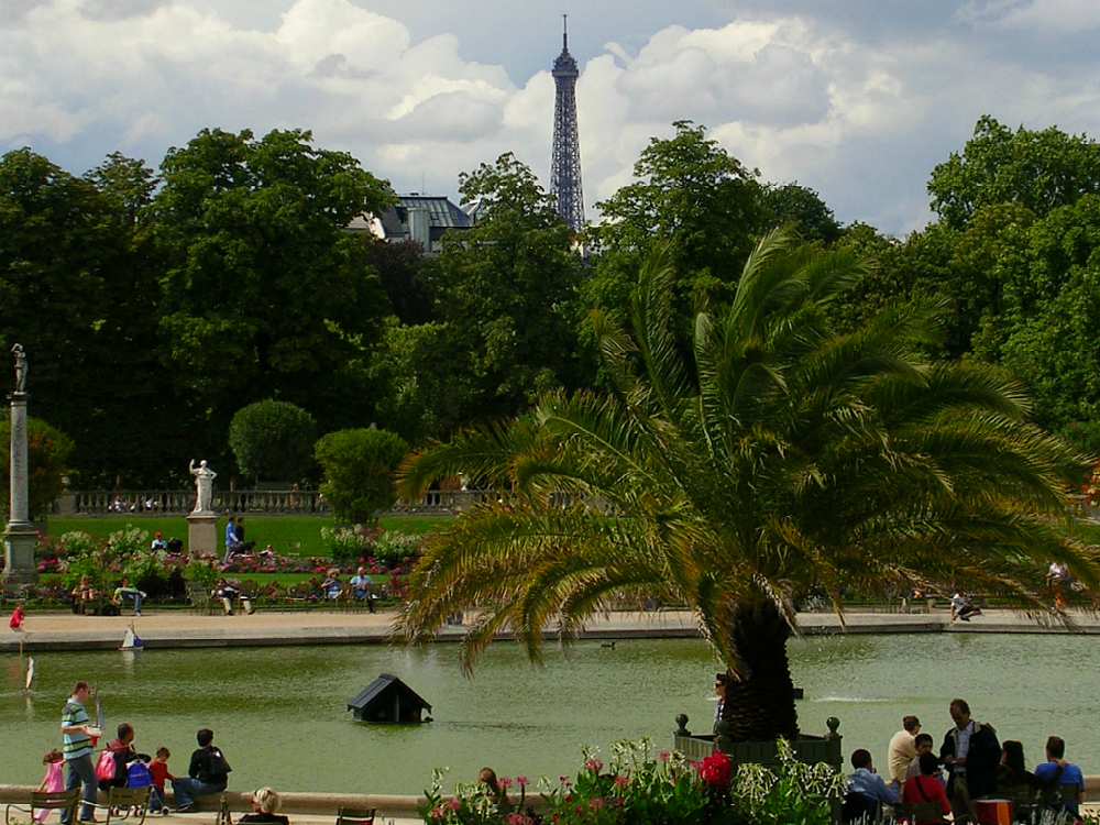 Grand Bassin pond with Eiffel Tower in view by Theadora Brack