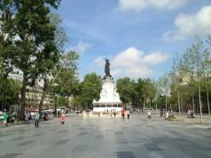Place de la République by Kasia Dietz