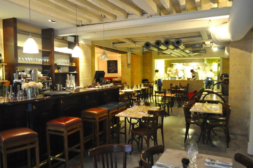 The best classic bistrots of paris for Restaurant le miroir rue des martyrs