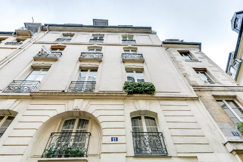 Studio for sale in St Germain
