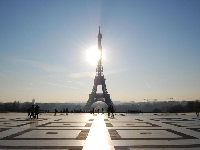 The Eiffel Tower by Alex Lecea/ Flickr