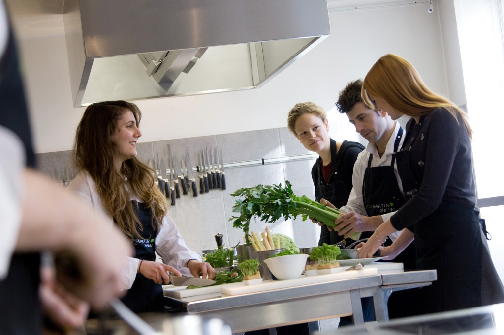 Top 10 culinary schools in paris for Atelier guy martin cours cuisine