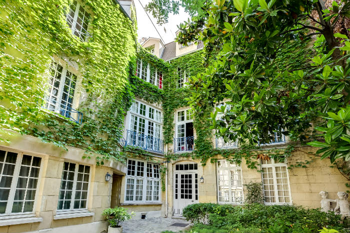 Marais Mansion for sale in Paris