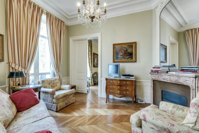 Paris apartment for sale near Parc Monceau