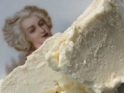Brillat-Savarin cheese on a Marie Antoinette plate