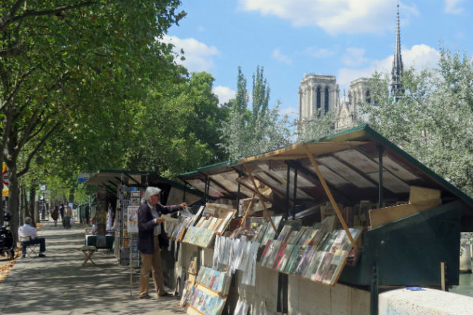 Discover the Bouquinistes of Paris, Classified as UNESCO World Heritage