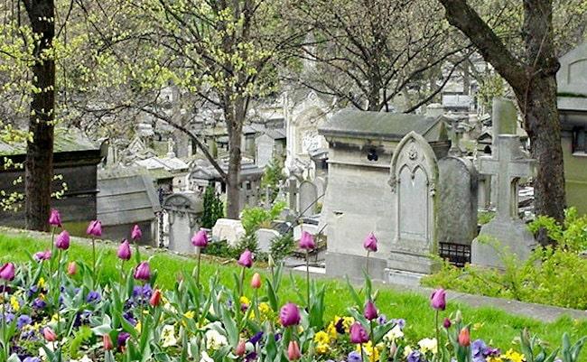 Paris Cemeteries & their Secrets: Oscar Wilde's Tomb at Père-Lachaise
