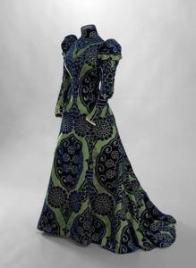 Charles Frédérick Woth, tea gown, c. 1895. Photo - © Stéphane Piera : Galliera : Roger-Viollet