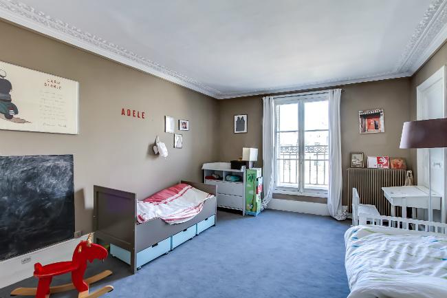 Meslay Marais apartment for sale