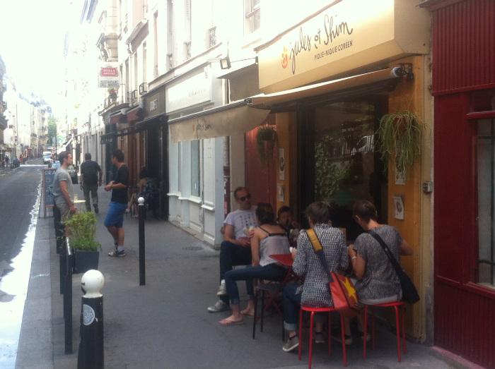 Rue des Vinaigriers by Emily Dilling
