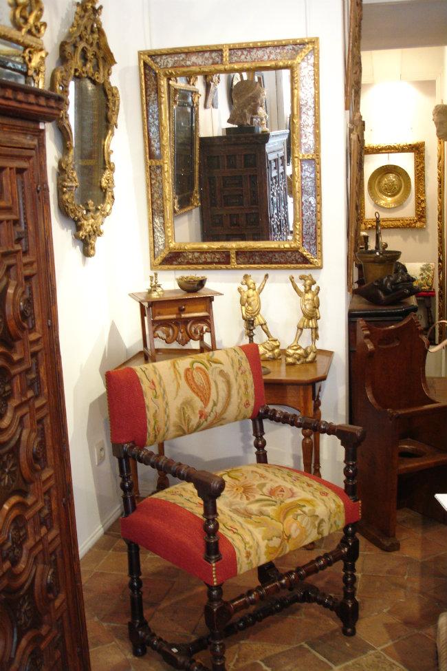 Antiques at Carré Rive Gauche