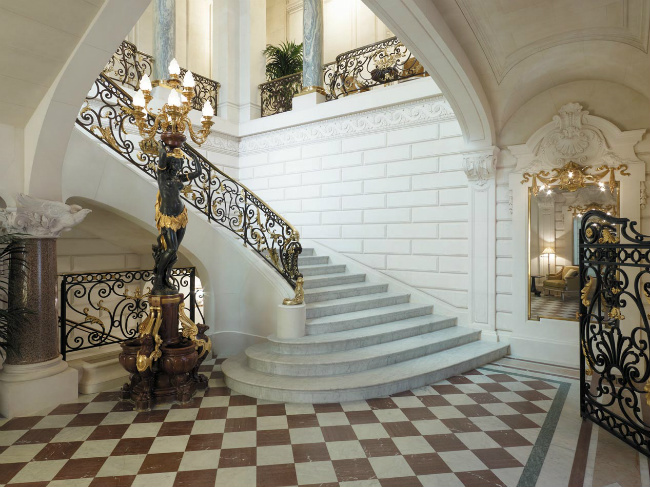 Bonjour Paris Celebrates at the Shangri-La Hotel, Paris