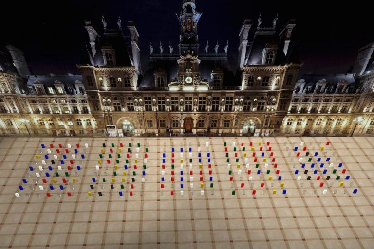 ZHENCHEN LIU >> HOTEL DE VILLE Ice Monument Installation monumentale * Création Nuit Blanche 2015 *