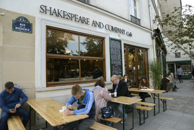 Shakespeare and Company Café: A Delicious Dream Unveiled