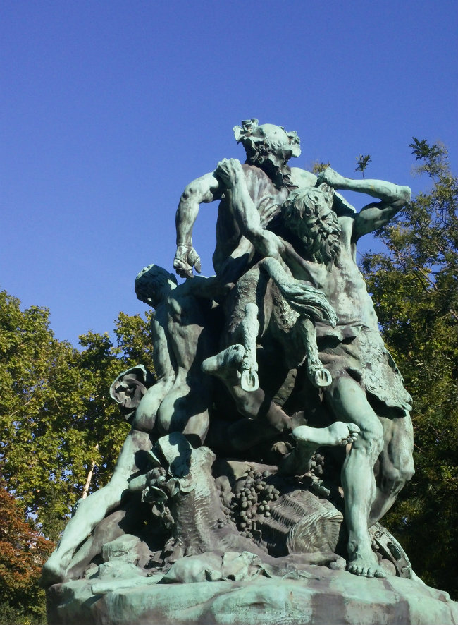 A perfect day in the jardin du luxembourg in paris - Jardin du luxembourg statue of liberty ...