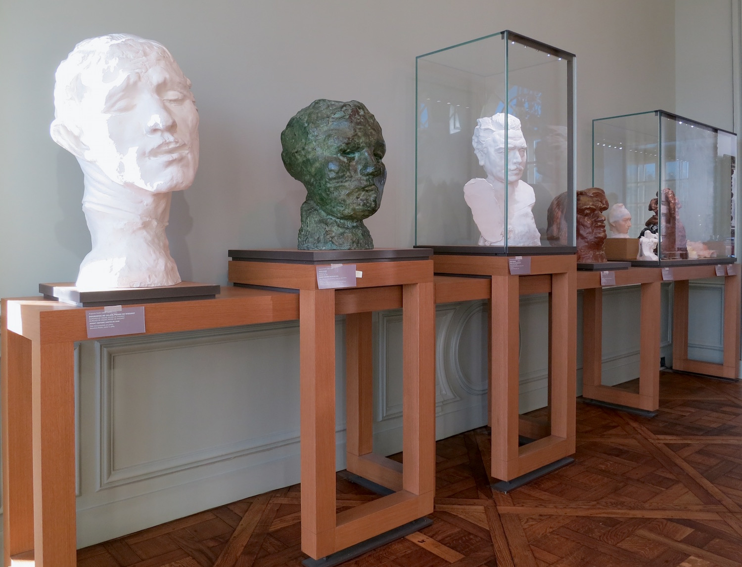 Clay and plaster dialogue with marble and bronze ©Sylvia Davis