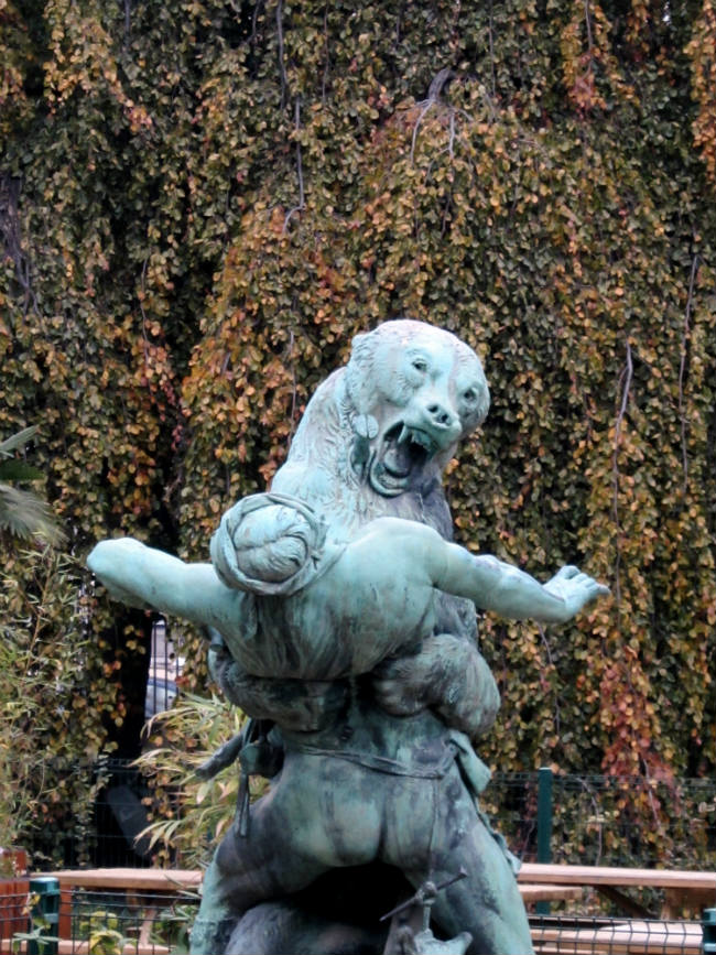 Statue in the Jardin des Plante