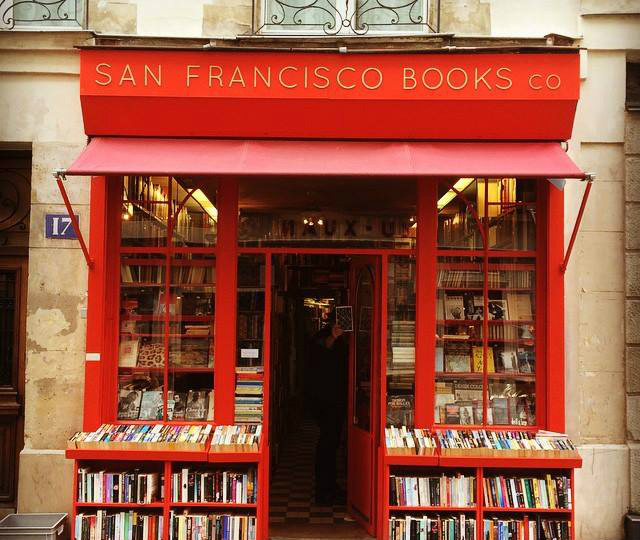 San Francisco Books Co in Paris