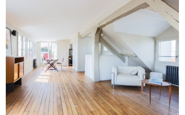 Penthouse apartment in St Germain