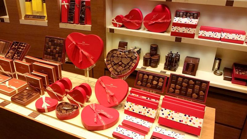 The best chocolate in paris for valentine 39 s day for La maison du placard paris