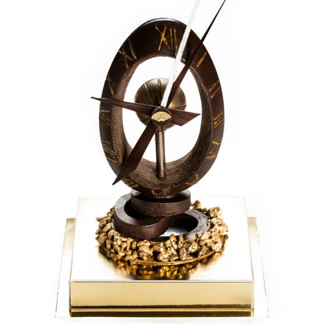 Egg clock by Pierre Mathieu, Mandarin Oriental Paris