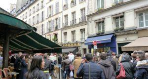 Easter process in rue de Buci