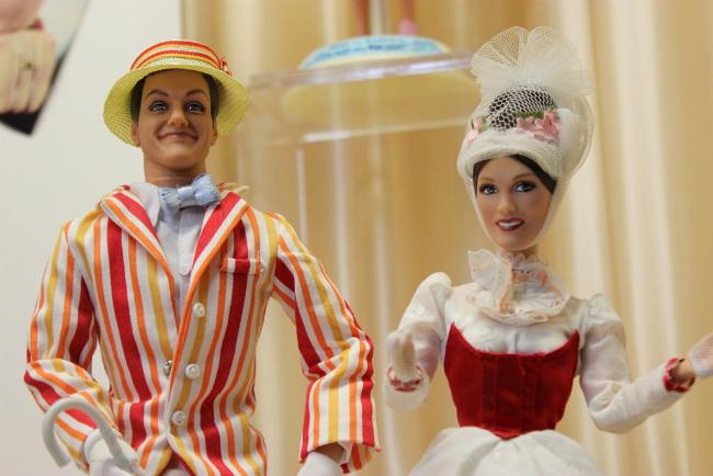dolls on display at the Musée de la Poupée