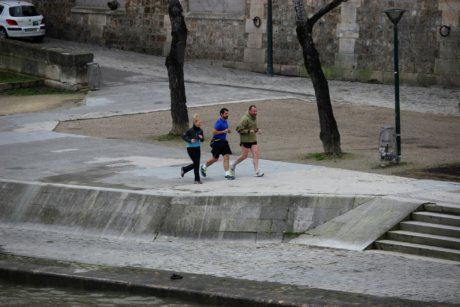 Running on the Seine