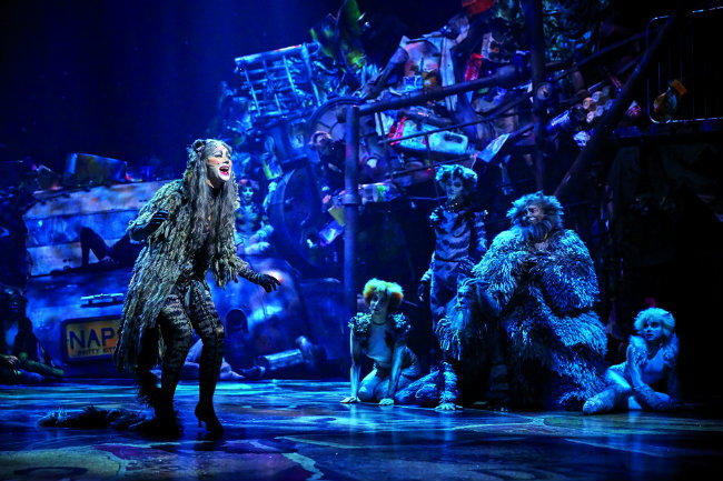 "Broadway with a French Accent: A ""Cats"" Production in Paris"