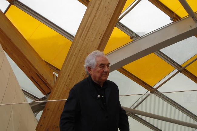 Daniel Buren at the opening of his installation, L'Observatore de la lumière