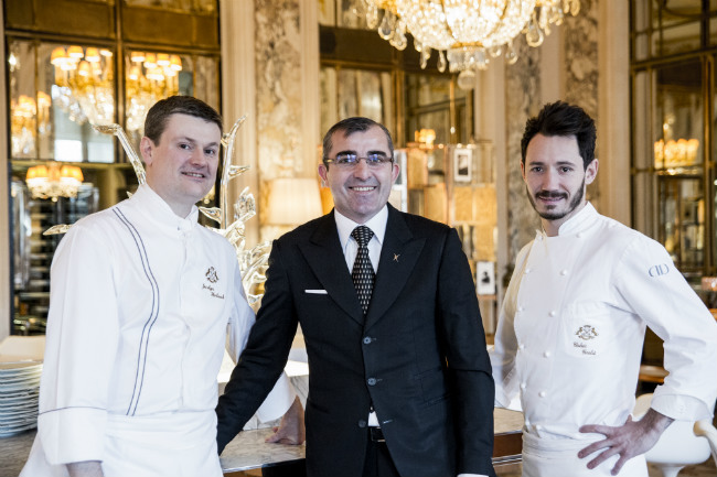 The restaurant team at Le Meurice