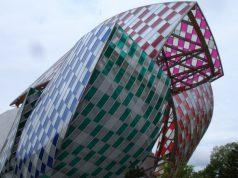 Fondation Louis Vuitton covered in Daniel Buren's L'Observatore de la lumière