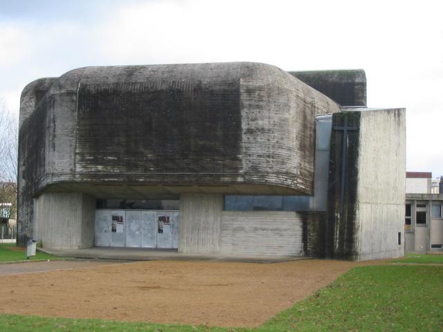 L'église Sainte-Bernadette du Banlay in Nevers