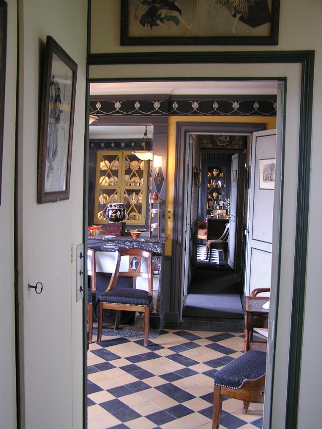 The dining room with frieze at Maurice Ravel's home