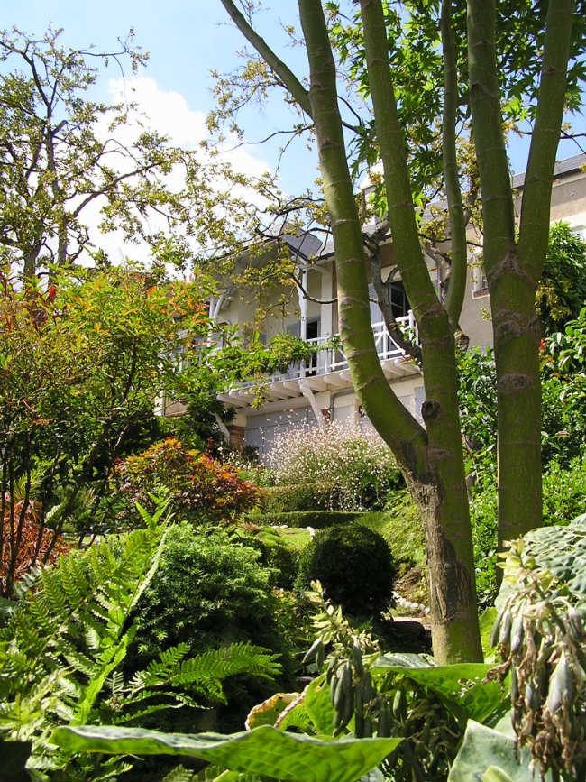 Garden view of Maurice Ravel's home