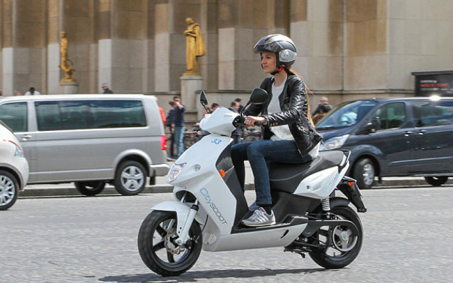 Scooters in Paris: The City's New Electric Scooter Program