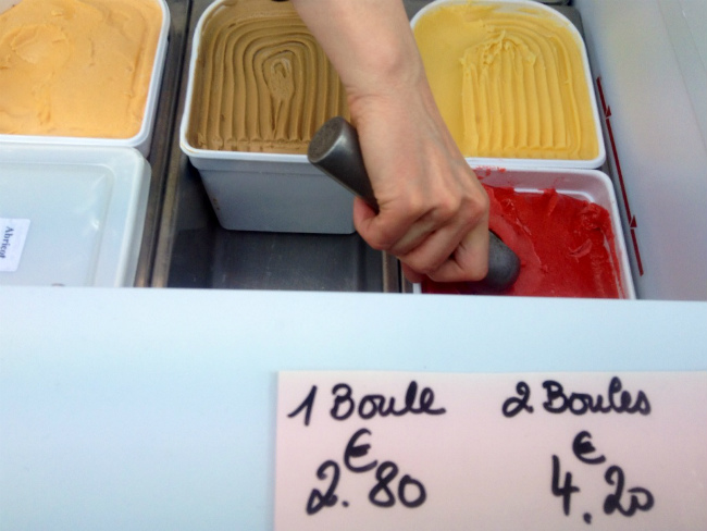 scoops of ice cream in Paris