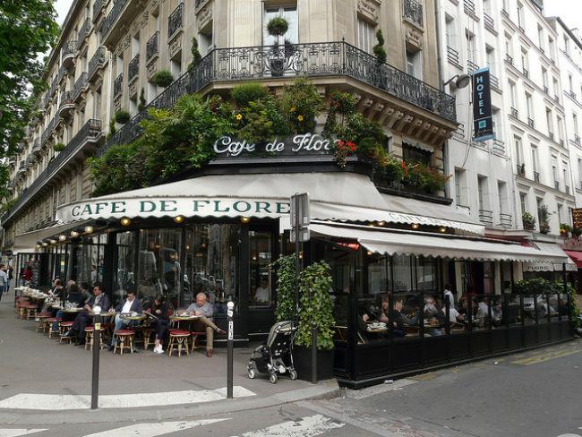 Café de Flore Paris by Sanfamedia.com/Flickr