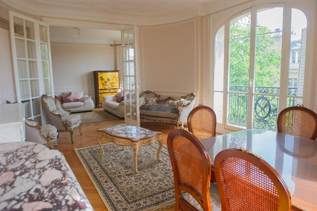 For Sale: Spacious Apartment in the 7th with Eiffel Tower ...