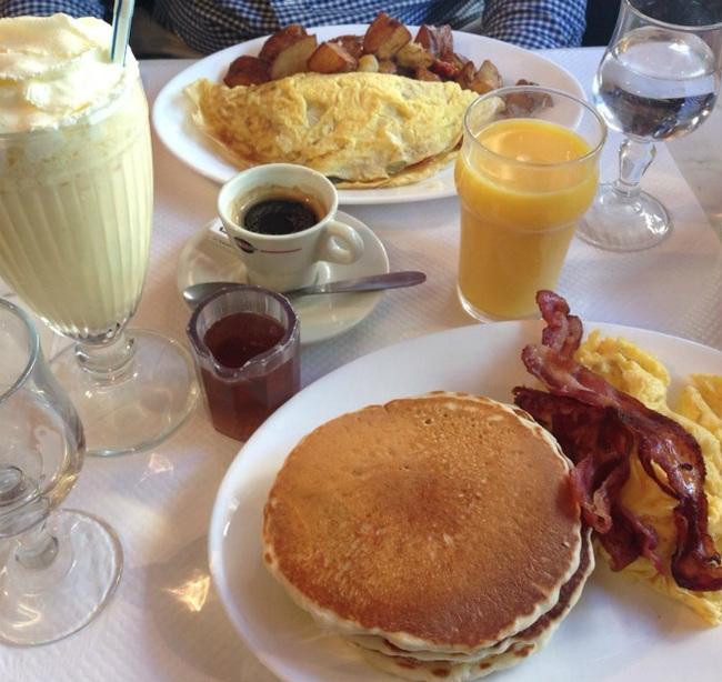 Breakfast at Breakfast in America